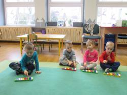 Galeria Nauka gry na dzwoneczkach chromatycznych