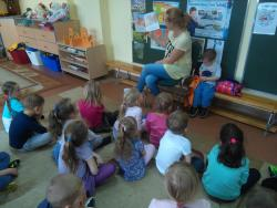 Galeria pani Iwach czyta.