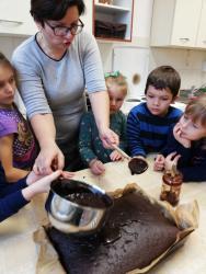 Galeria Pieczemy ciasteczka, pierniczki na Kiermasz Bożonarodzeniowy7