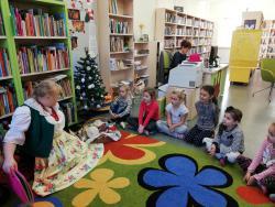 Galeria Świąteczne warsztaty plastyczne w Bibliotece
