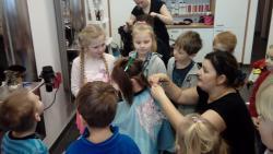 Galeria Pszczółki u fryzjera