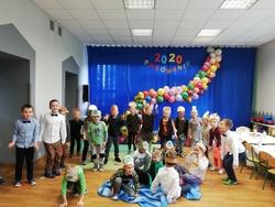 """Galeria Przedstawienie"""" Kabaret Jeżyków""""- Pasowanie u Kotków"""