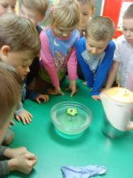 Galeria żabki woda daje